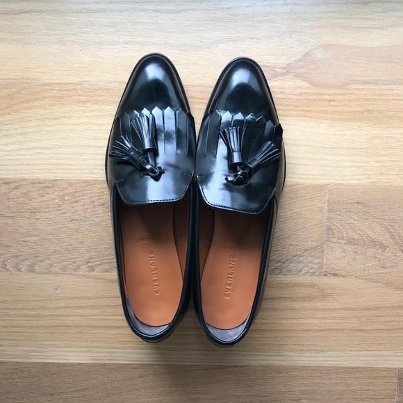 87e63ade246 Everlane Shoes - Everlane Women s Black Modern Tassel Loafer